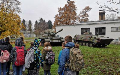Ogled razstave v Vojaškem muzeju Slovenske vojske, 7.r
