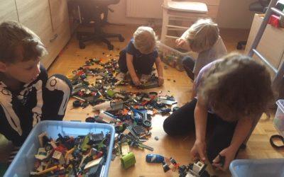 Tehniški dan – Konstruktorji; 4. a in b-razred